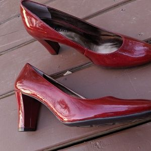 Women's Etienne Aigner Red Patent Pumps 8.5M NWOT